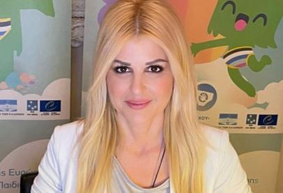 Ήμουν προσκεκλημένη ομιλήτρια στη διαδικτυακή ενημερωτική εκδήλωση που συνδιοργάνωσαν ο Δήμος Παγγαίου και η Κοινωφελής Επιχείρηση του Δήμου, με θέμα: «Πρόληψη της Παιδικής Σεξουαλικής Κακοποίησης». Μίλησα για το οδοιπορικό της  καμπάνιας «ΕΝΑ στα ΠΕΝΤΕ» για την προστασία των παιδιών, για την αξία της ενημέρωσης και την σημασία της εφαρμογής των κανόνων αυτοπροστασίας που μπορούν τα παιδιά να μάθουν μέσα από  απλοποιημένους κανόνες, όπως ο «Κανόνας του Εσώρουχου». Κατά τη διάρκεια της ομιλίας μου, τόνισα την ανάγκη του παιδιού να έχει ένα πρόσωπο εμπιστοσύνης με το οποίο μπορεί να μιλάει άνετα για οτιδήποτε του συμβαίνει και που θα αποτελεί το δίκτυο ασφάλειάς του.