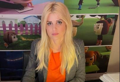Συμμετείχα στη διαδικτυακή εκδήλωση που διοργάνωσε ο Δήμος Εορδαίας, με θέμα την πρόληψη της παιδικής σεξουαλικής κακοποίησης.  Ως συντονίστρια της καμπάνιας «ΕΝΑ στα ΠΕΝΤΕ» του Συμβουλίου της Ευρώπης στην Ελλάδα παρουσίασα, μεταξύ άλλων, ένα βίντεο του Ινστιτούτου Υγείας του Παιδιού, το οποίο ενημερώνει τα παιδιά για τους τρόπους αυτοπροστασίας τους. Ειδικότερα, τα παιδιά πρέπει να γνωρίζουν ότι το σώμα τους τους ανήκει, ότι δεν πρέπει να κρατούν μυστικό ένα ενοχλητικό χάδι και ότι εάν νιώθουν ανασφάλεια με κάποιον πρέπει να ζητούν βοήθεια από έναν ενήλικα που εμπιστεύονται.